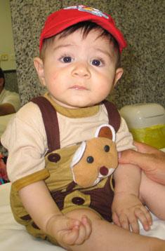 عوارض واکسن چهار ماهگی نوزاد